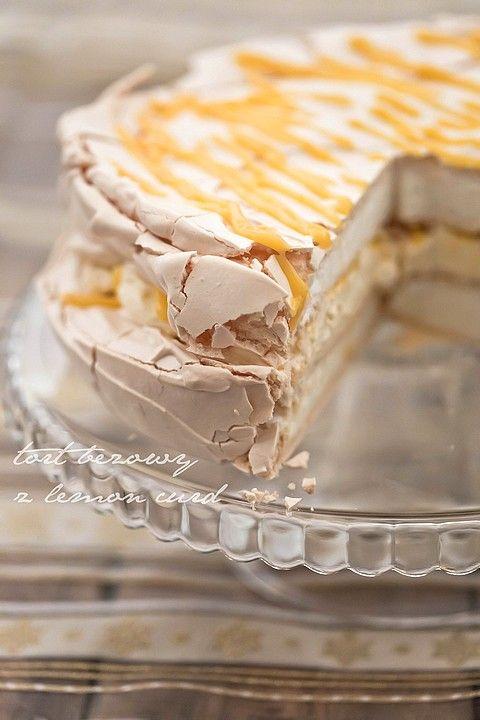 Tort bezowy z lemon curd