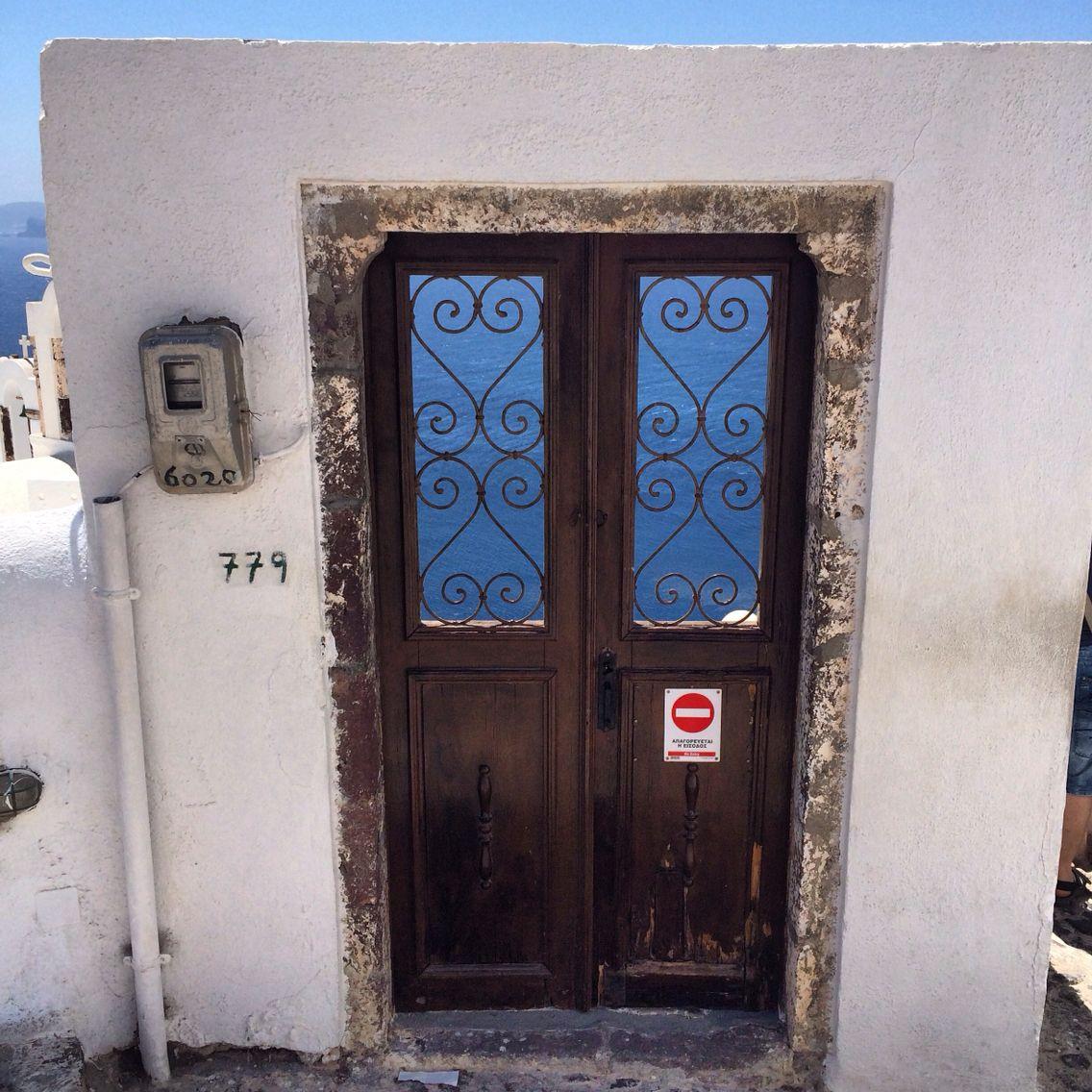 Двери Санторини.