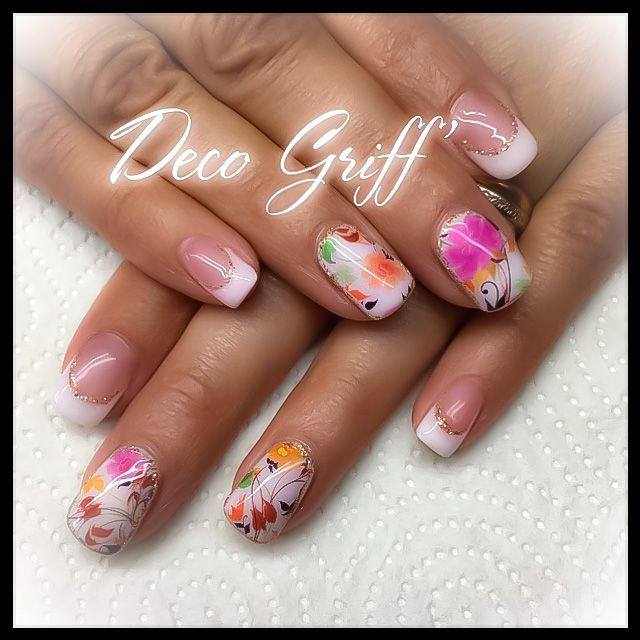 nail art design deco fleur automne ongle plein french classe ongle deco griff 39 pinterest. Black Bedroom Furniture Sets. Home Design Ideas