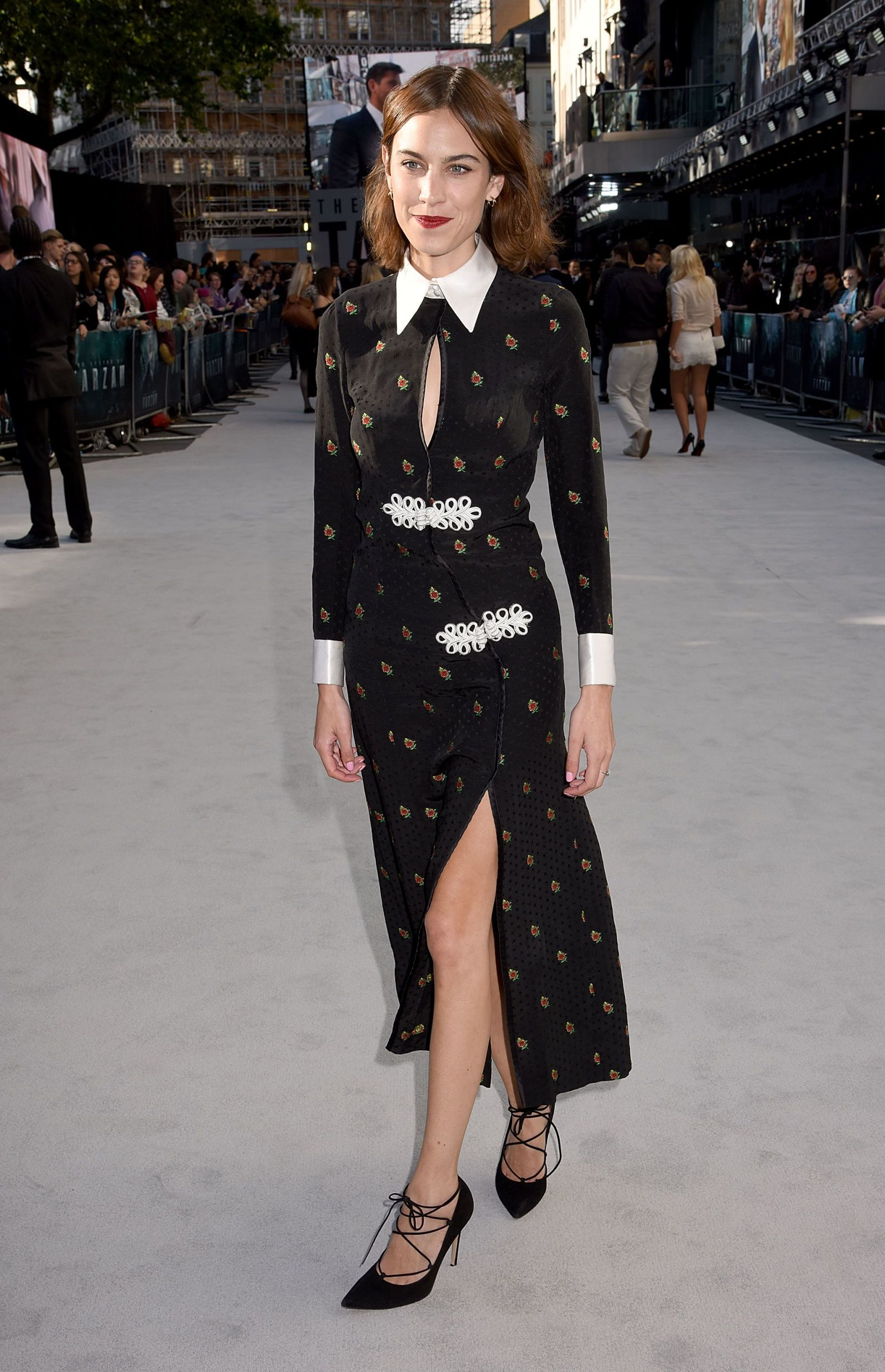31f2b3bc68ff Every One Of Alexa Chung's Androgynous And Dreamy Looks | alexa ...