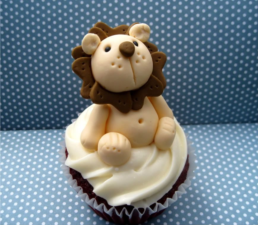 Cup E Cake Gang Welcome To The Jungle Cakes Pinterest Fondant