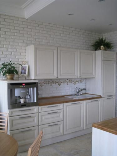 Pin By Anna Go On Home Brick Wallpaper Kitchen Kitchen Wallpaper