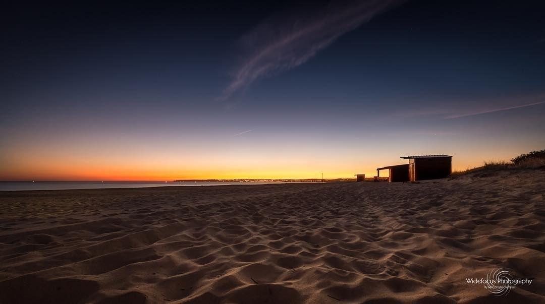 Parting Ways #portugal #portimao #alvor #beach #sunset #praia #pordosol #paisagem #landscape_lovers #portugal_em_fotos #portugal_de_sonho #landscape #photosergereview
