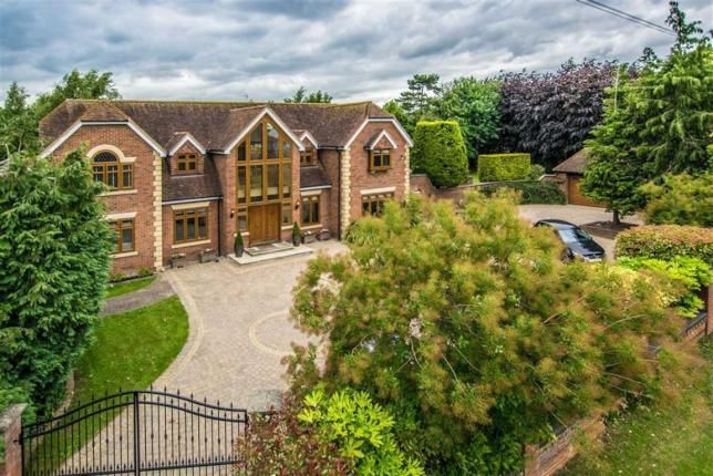 News Reviews Features Broxbourne Wormley Wormley West End And Turnford En10 English Manor Houses Architecture Palace