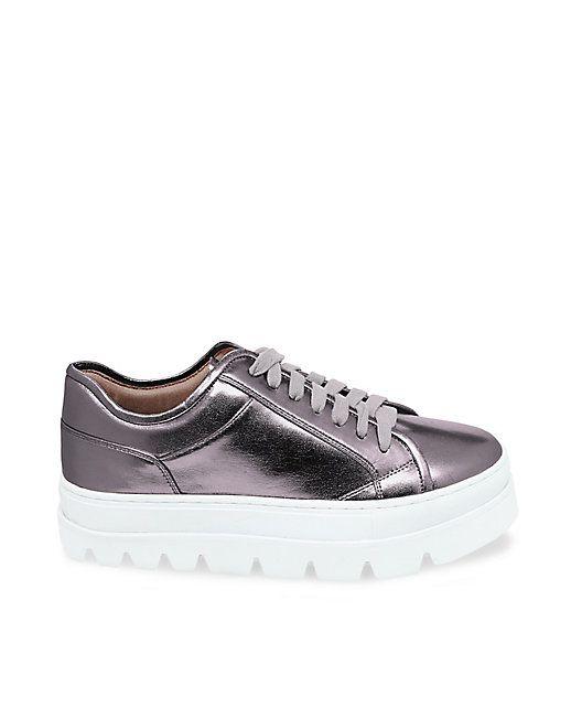 bcf0eea64a7 KICKSTART: STEVE MADDEN | shoes | Shoes, Sneakers, Jean Shorts