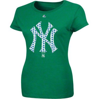 New York Yankees Women s Kelly Green Majestic Emerald T-Shirt ... 7e7d2f486c7