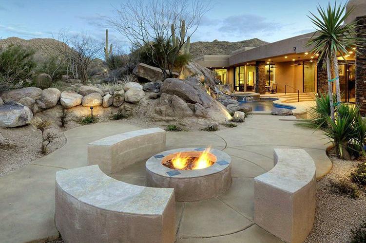 Backyard Desert Landscaping With Firepit Fire Pit Landscaping Outdoor Fire Pit Designs Desert Landscaping Backyard