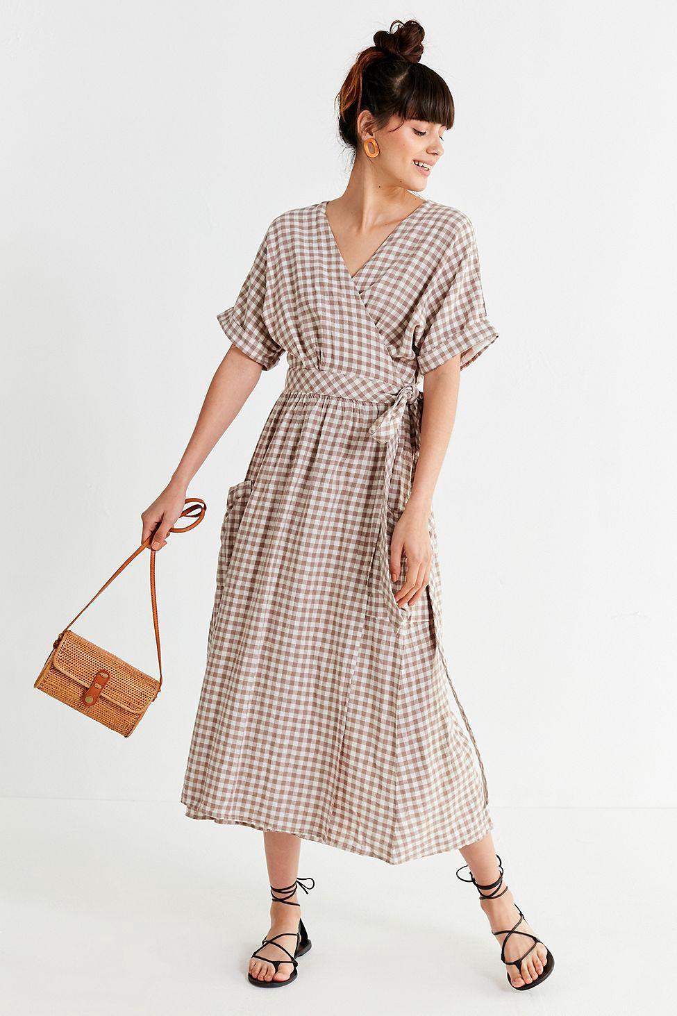 330a50c23a37 Urban Outfitters Uo Gabrielle Linen Midi Wrap Dress - Gold M ...