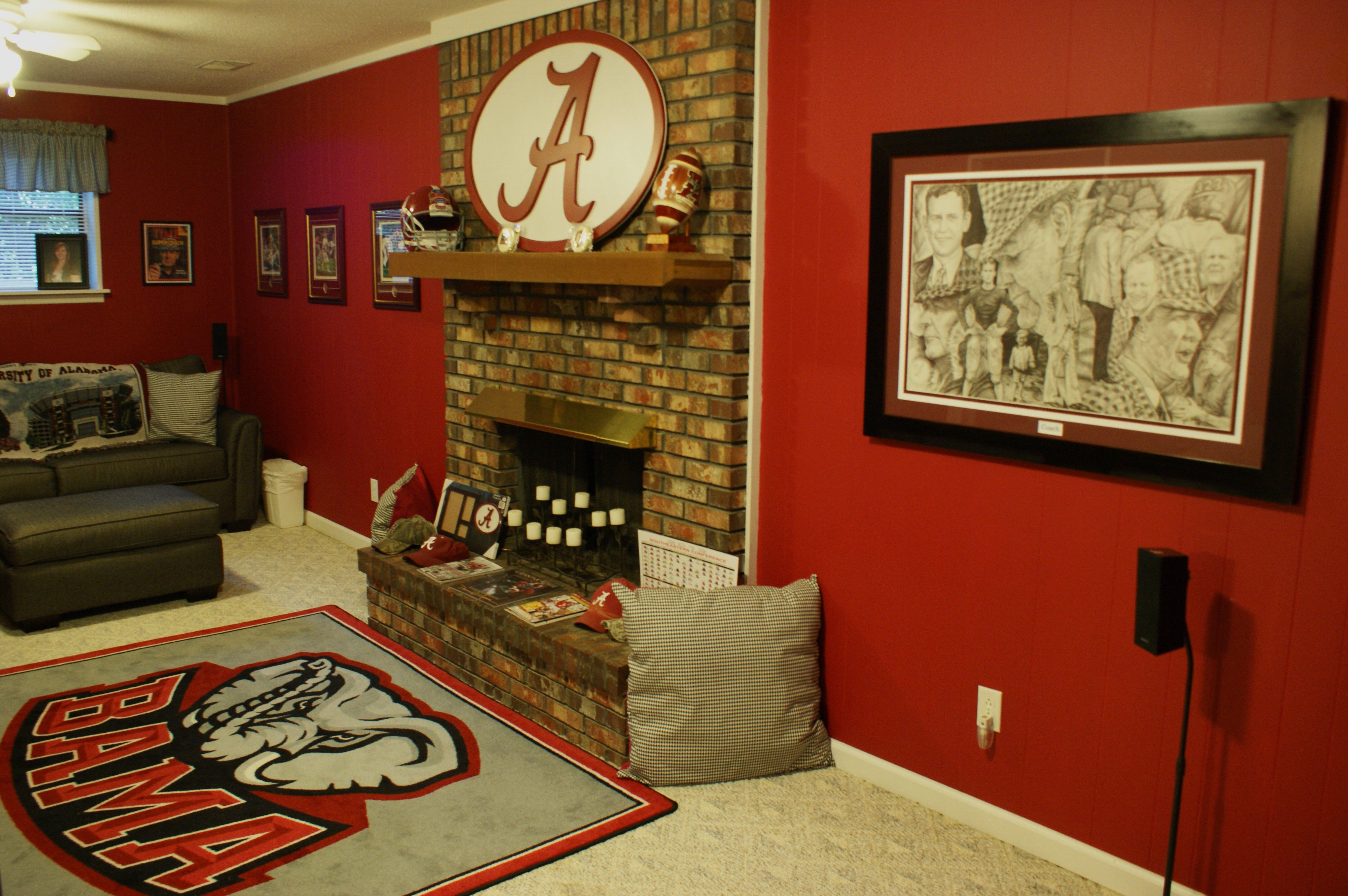 This Is How My Basement Should Look Bama Room Alabama Room Sweet Home Alabama Cute Home Decor