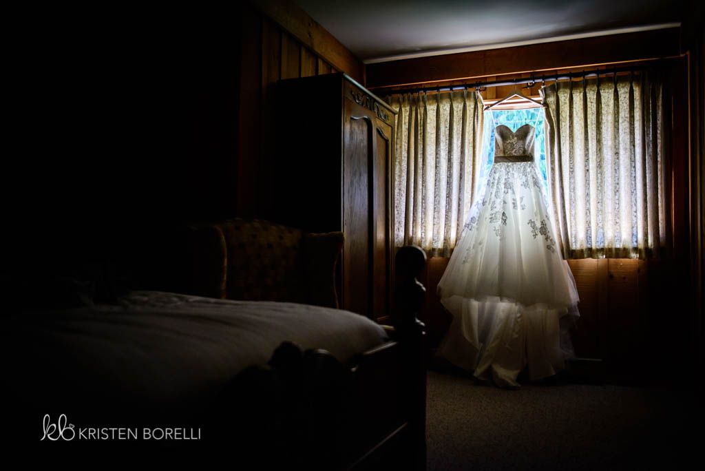 In The Window At Pine Lodge Farms Mill Bay Nanaimo Wedding Photography
