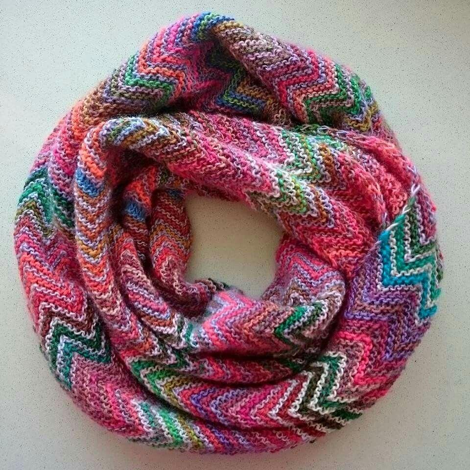 Zigzag snood a la Missoni | Scarf knitting patterns ...