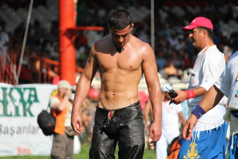 Turkish oil wrestlers | Athlete, Pro athletes, Sports mix