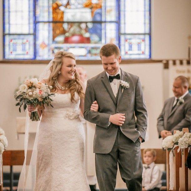 Katie and Brandon - 5/1/15 #whitehouseweddingflowers #columbiascweddingflorist @tyeandemilyphoto