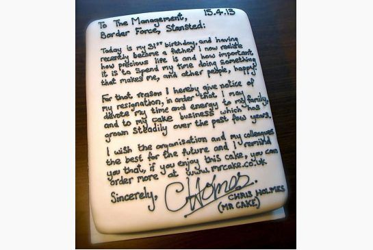 Airport worker resigns with a letter iced onto a cake Fashion