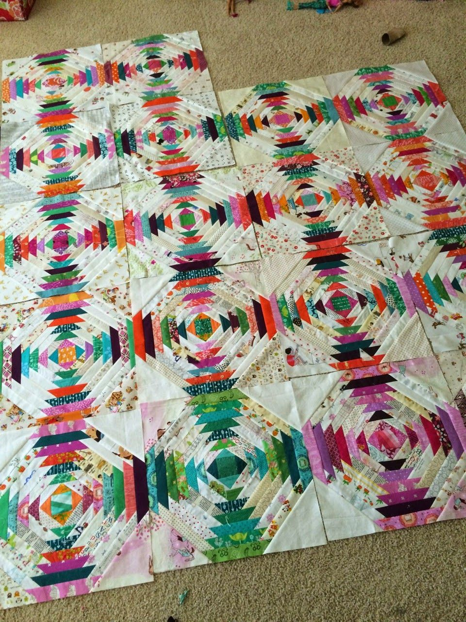 Pineapple quilt (a quilt is nice) | Scrappy quilts, Paper piecing ... : pineapple quilt tutorial - Adamdwight.com