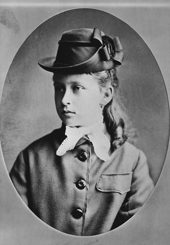Princess Elizabeth of Hesse, 1875 [in Portraits of Royal Children Vol.19 1874-75] | Royal Collection Trust