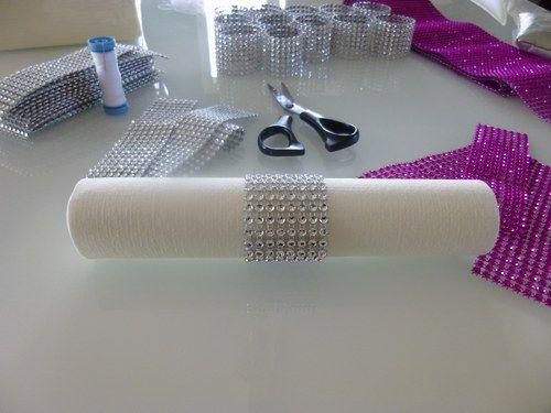 mariage blanc fuschia et argent mariage blanc ronds de serviette et la rond. Black Bedroom Furniture Sets. Home Design Ideas