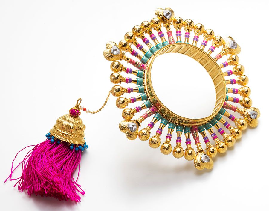 Jewellery Collaboration Between Two Legendary Indian Brands Manish Arora And Amrapali Amrapali Jewellery Amrapali Jewels Manish Arora