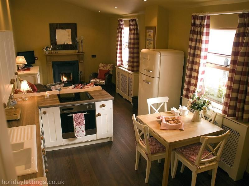 Cozy Cottage Interior Small Cottage Interiors Open Plan Kitchen Living Room Small Tiny House