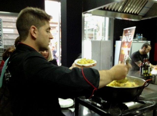 Y no podía faltar.... La paella !!! un arroz delicioso con alcachofas y verduras de la provincia de Cordoba. Un arroz inolvidable para terminar el descubrimiento del mercado Victoria