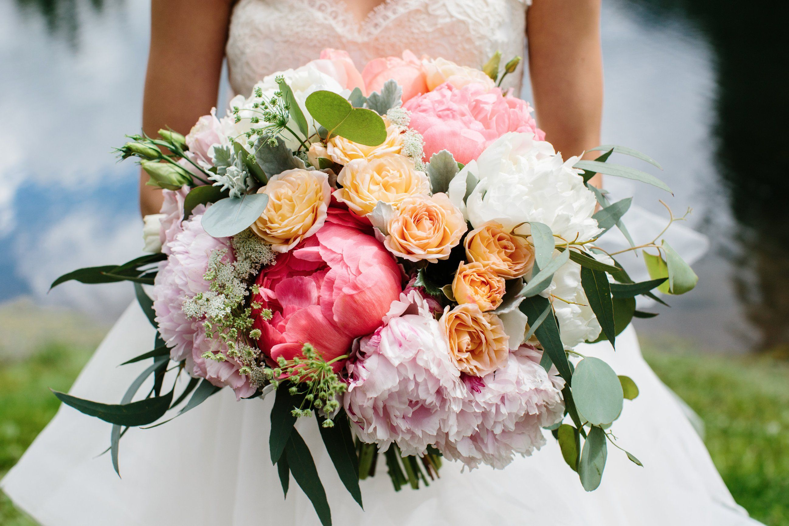 Flowers by Janie | Wedding Bouquets and Boutonnieres | Pinterest ...