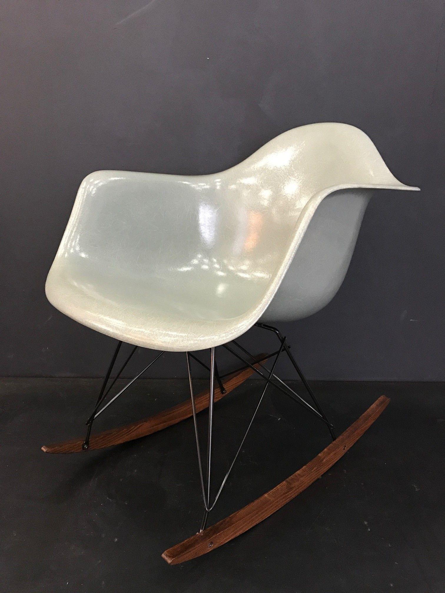 Épinglé par Atelier 159 sur Chaises Eames Vintage | Chaises