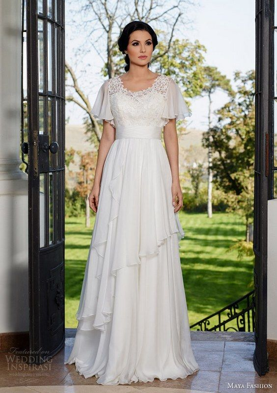 2017 Wedding Dresses Colored Off White Modest Gowns
