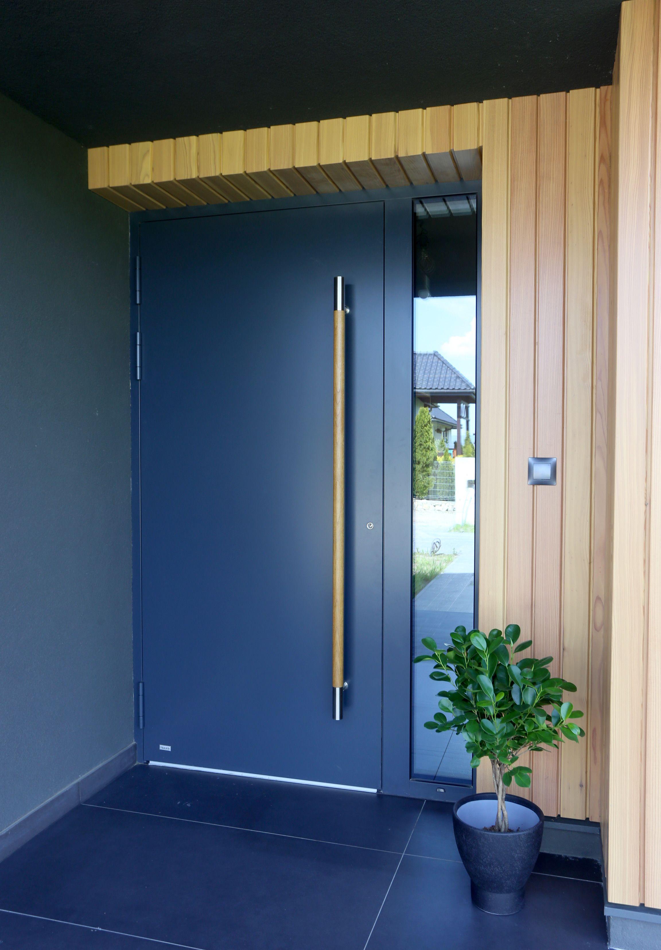 Cudowna Aluminiowe drzwi zewnętrzne (model TIRANO) z drewnianym pochwytem MA58
