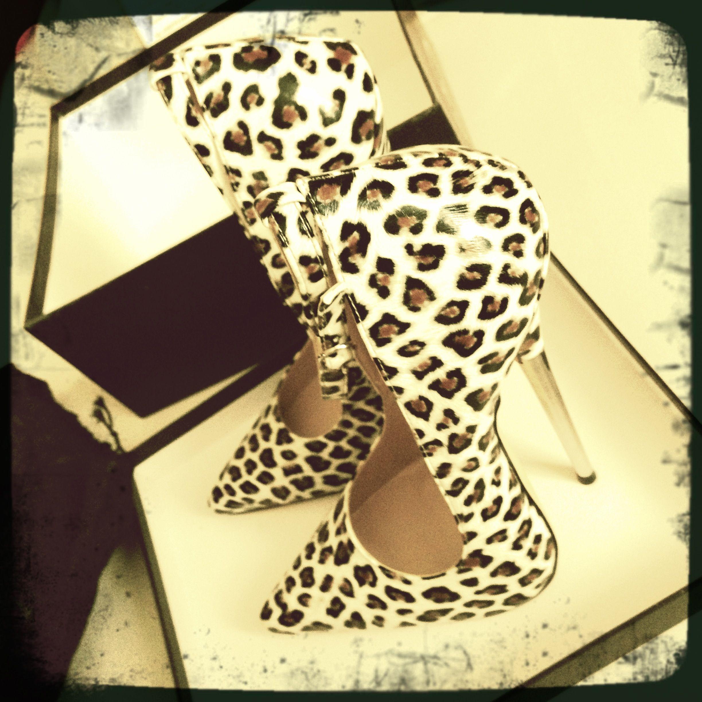 ef14efbdd6e922 Extreme fetish heels