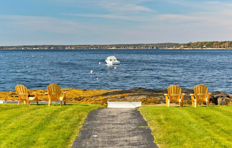 Sunset Beach On Linekin Bay Oceanfront Lodging In East Boothbay Maine