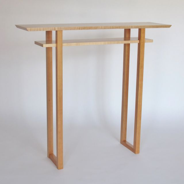 Classic Hall Table In Tiger Maple And Cherry Get The Perfect Na