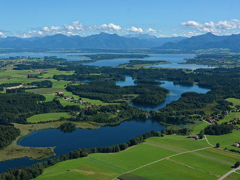 Chiemsee Lake In Bavaria Germany Chiemsee Lake In Bavaria Germany Bavar Chiemsee Lake In Bavaria Germany Chiem In 2020 Urlaub Bayern Urlaub Chiemsee
