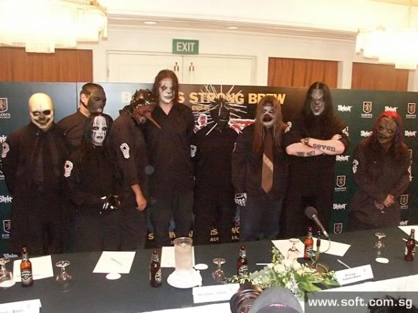 autograph session Slipknot #Slipknot