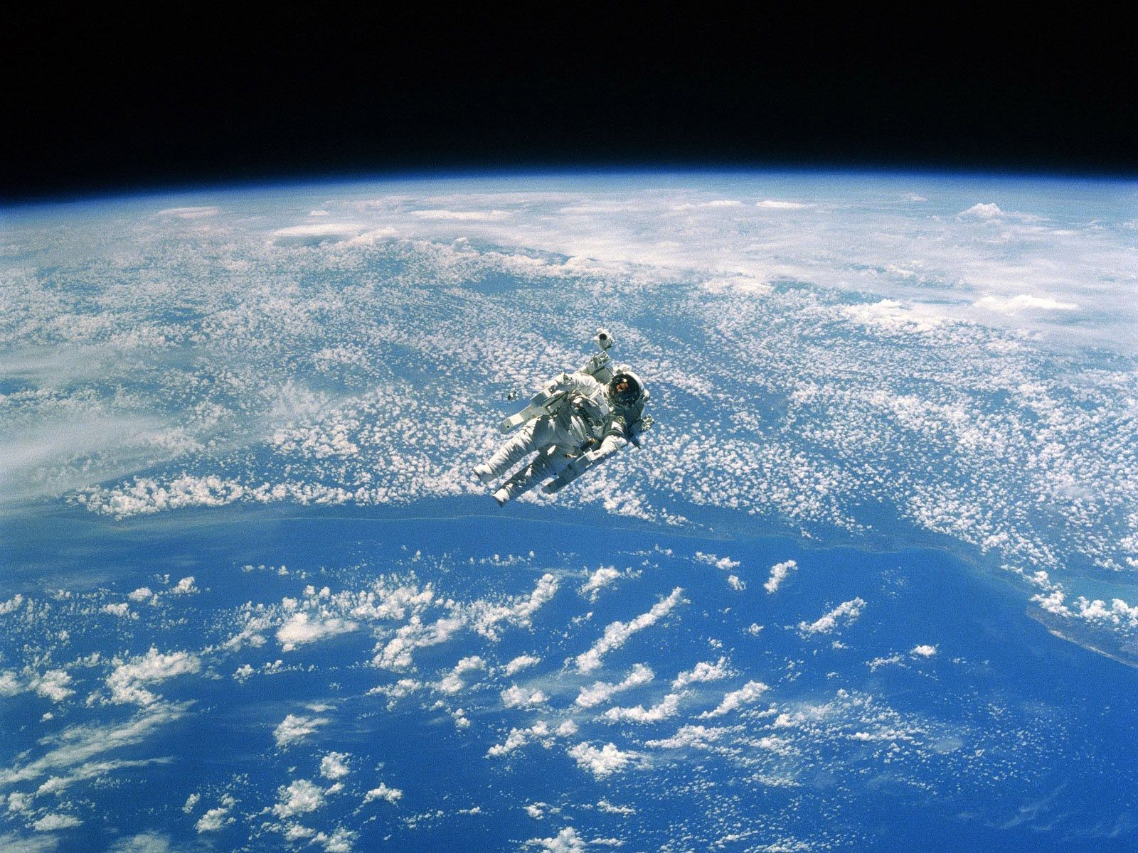 Spacewalking Astronaut Nasa Earth From Space Desktop Wallpaper Hd Check More At Https Wallpaperback Com S Earth From Space Wallpaper Earth Nasa Space Shuttle