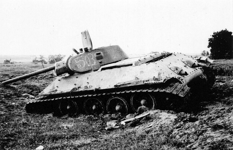 Картинки по запросу t 34 soviet tank