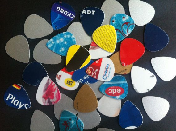 10 Random Guitar Picks Out Of Recycled Gift Cards