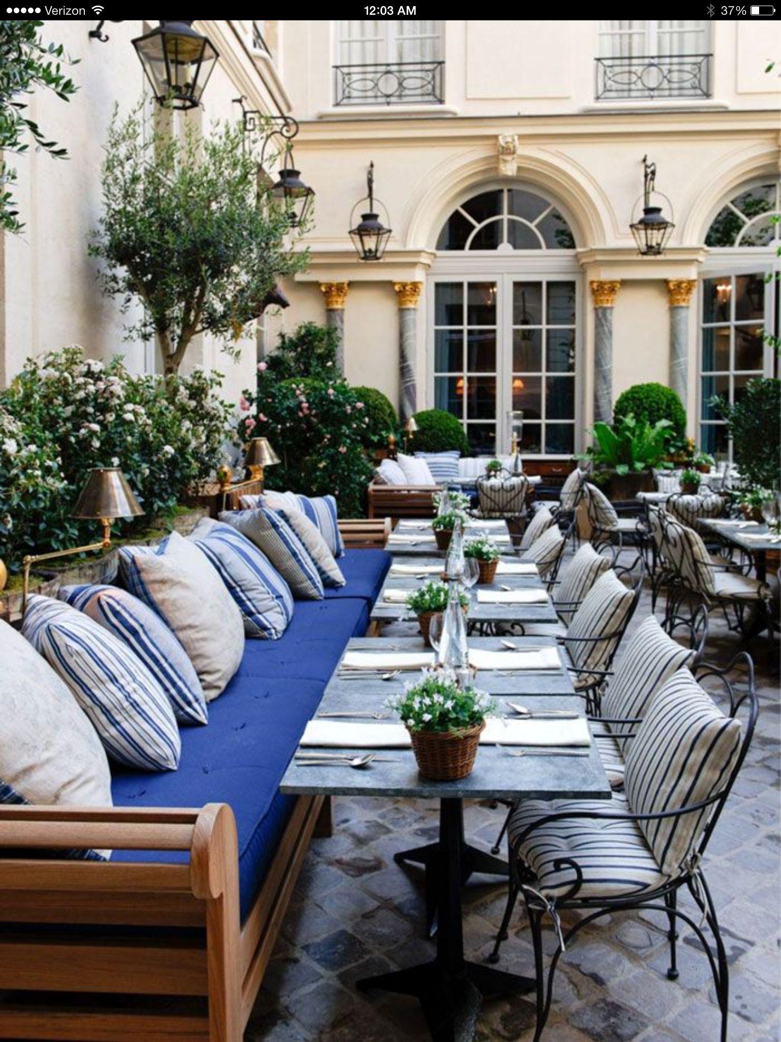 Outdoor Banquette Outdoor Living Spaces Restaurants
