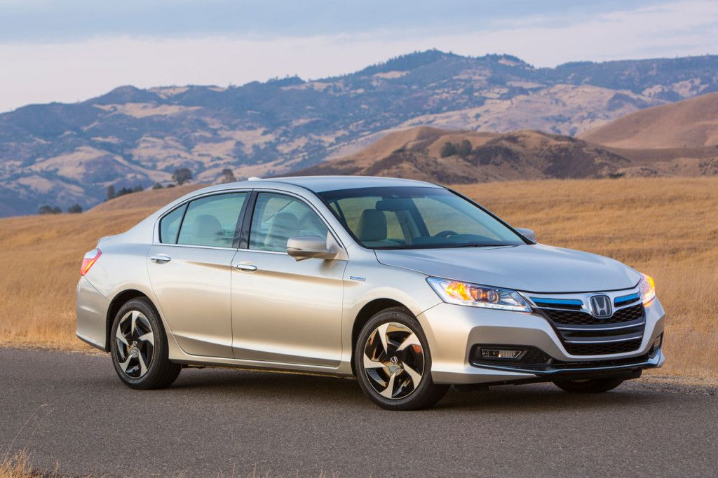 2014 Honda Accord PHEV Reviews and Prices (Dengan gambar