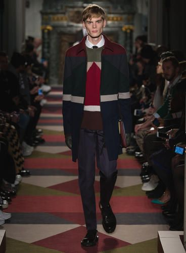 How A 26 Year Old Painter S Work Inspired Valentino S 2015 Winter Collection Well Dressed Men Valentino Men Mens Fashion Cat