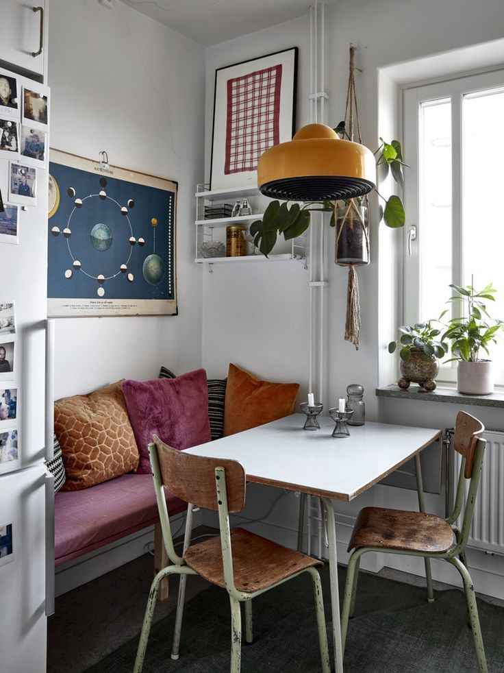 Photo of Cozy Textures In A Vintage Apartment in Stockholm | Vintage apartment, Retro apartment, Retro home d