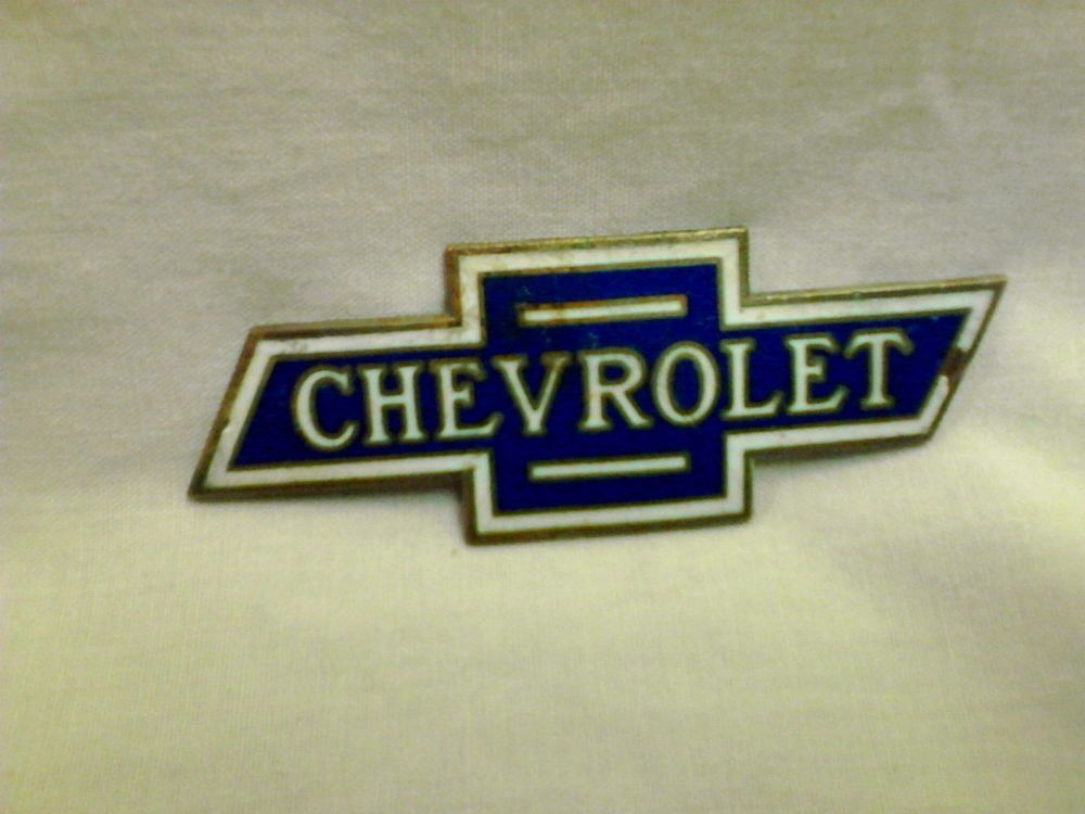 Vintage Chevrolet Bow Tie Car Radiator Badge Emblem
