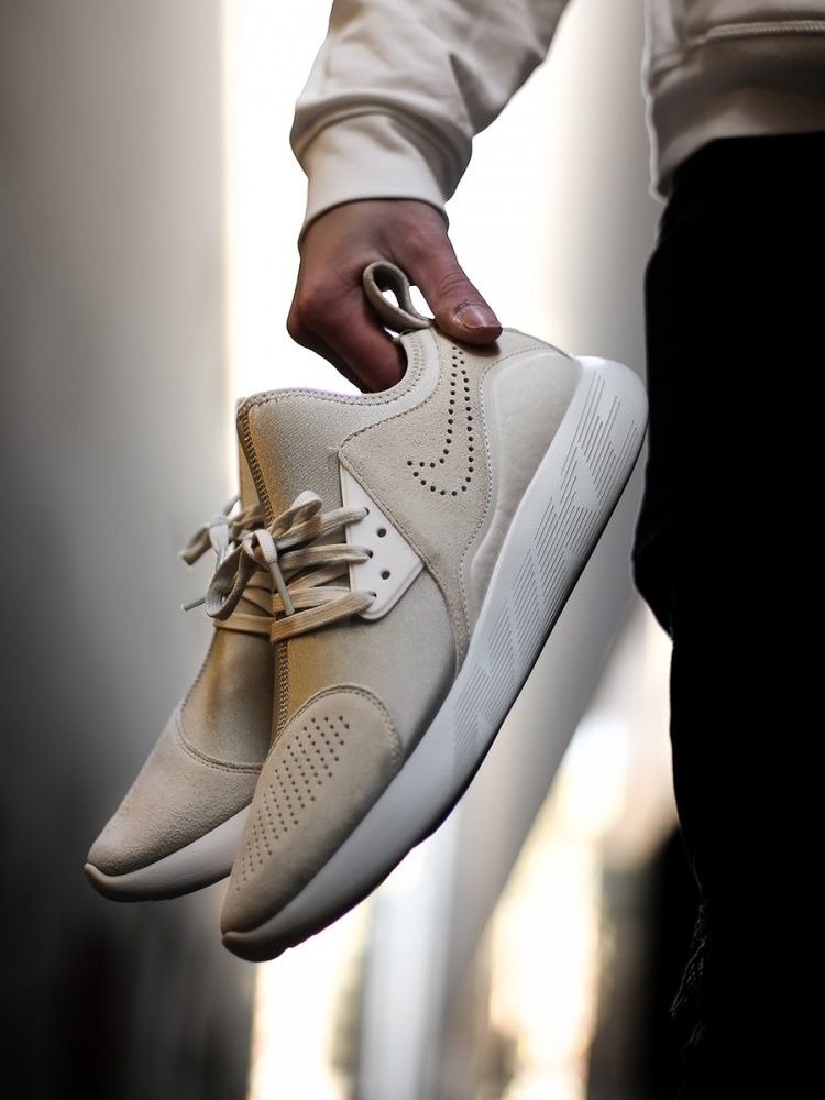 "promo code 6d740 4f729 unstablefragments2: ""NIKE LUNARCHARGE PREMIUM 'BEIGE / OFF-WHITE' (via  Kicks-daily.com) """