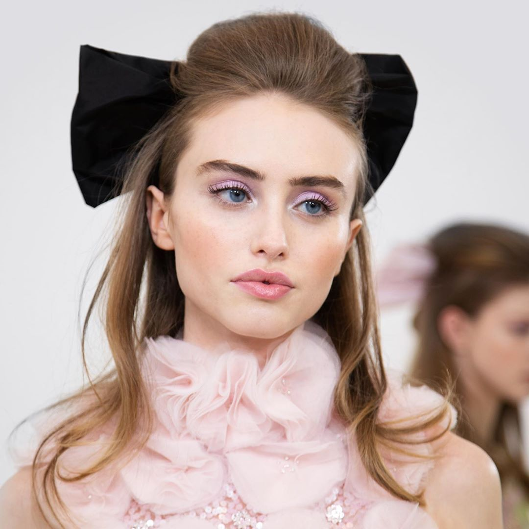 """Ralph & Russo on Instagram: """"'Big bows are better - #RalphAndRusso's #Couture Beauty was An 80s Beverly Hills Blowdry Dream' @elleuk""""#80s #beauty #beverly #big #blowdry #bows #couture #dream #elleuk #hills #instagram #ralph #ralphandrussos #russo"""