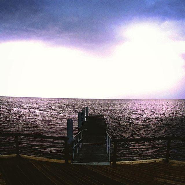 #morze #burza #baltyk #bałtyk #piorun #pioruny #molo by steciupictures