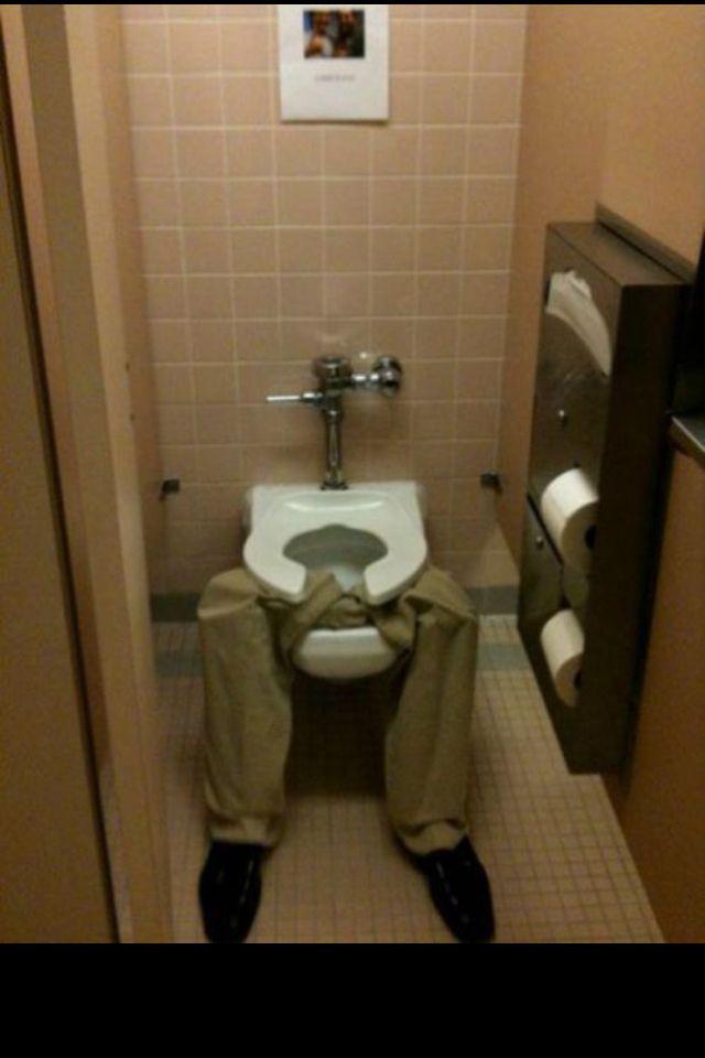 Bathroom stall prank | Funny jokes, Pranks, Good pranks