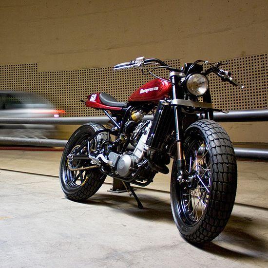The best lookin' Husqvarna we've seen since the days of vintage | http://beautifulmotorbikesgallery.blogspot.com