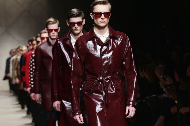 For fashion lovers visiting Milan www.gaytraveladvice.com recommends: Milan Fashion Week