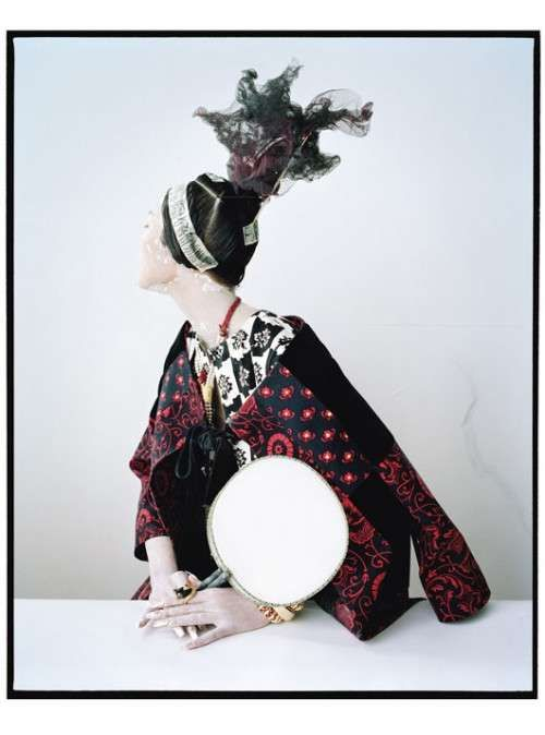 Creepy Geisha Captures - The Tim Walker for W Magazine Editorial is Mysterious and Moody (GALLERY)