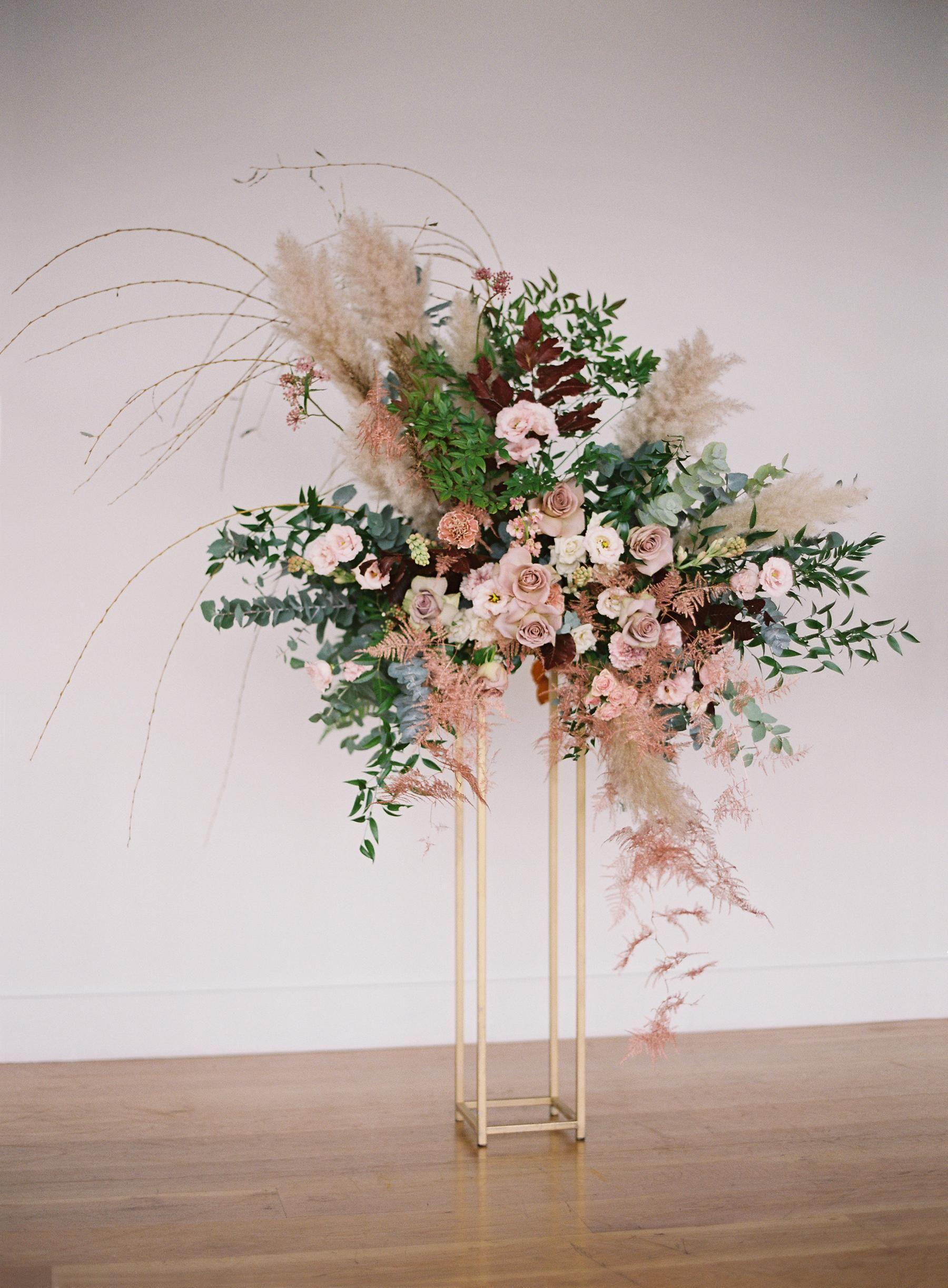 Industrial Romantic Nyc Wedding Inspiration Shoot At Boro Hotel In Long Island City Wedding Flower Design Tall Flower Arrangements Floral Arrangements Wedding