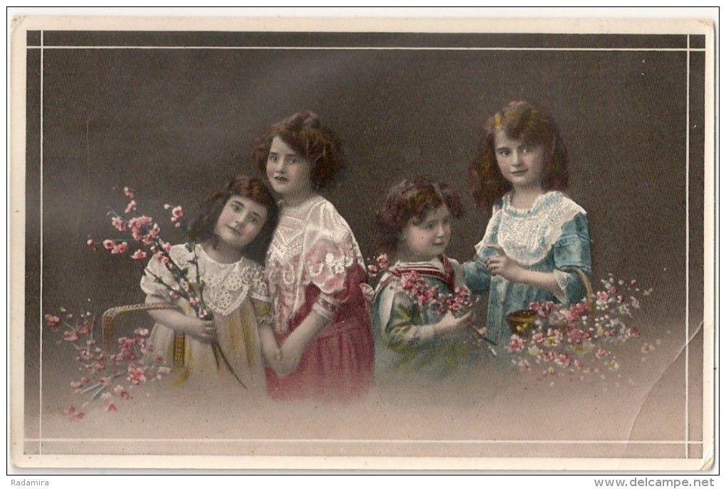 """Alte Ansichtskarten """"4 Mädchen mit Zweigen der Apfelblüte"""" 1912 Deutschland."""